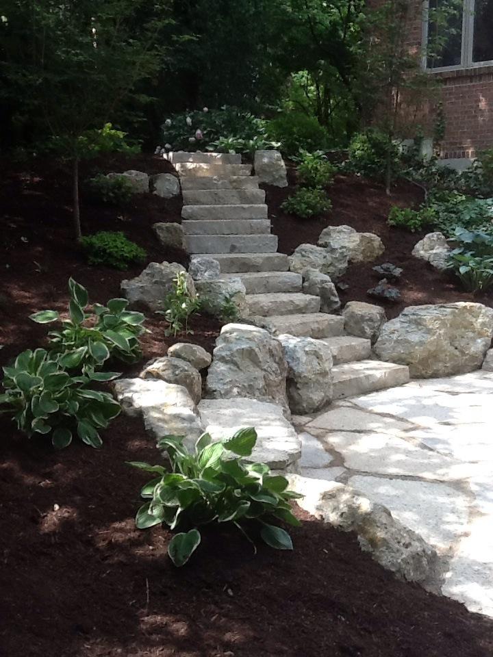 Stone & Boulder Retaining Walls